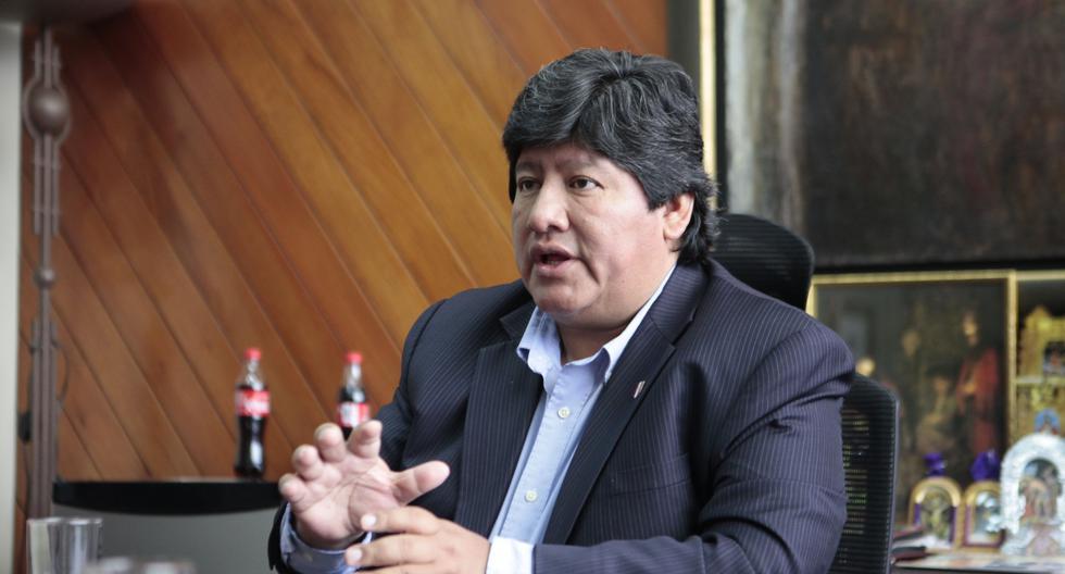 El presidente de la Federación Peruana (FPF), Edwin Oviedo, fue acusado del delito de homicidio calificado contra dos ex dirigentes de la agroindustrial Tumán. (USI)