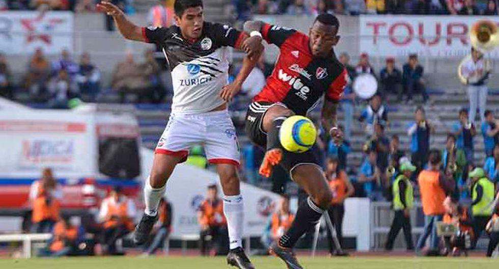 Ávila, Aquino y Advíncula participaron del duelo de Lobos BUAP ante Atlas, de los peruanos Alexi Gómez y Roberto Villamarín. @LIGABancomerMX