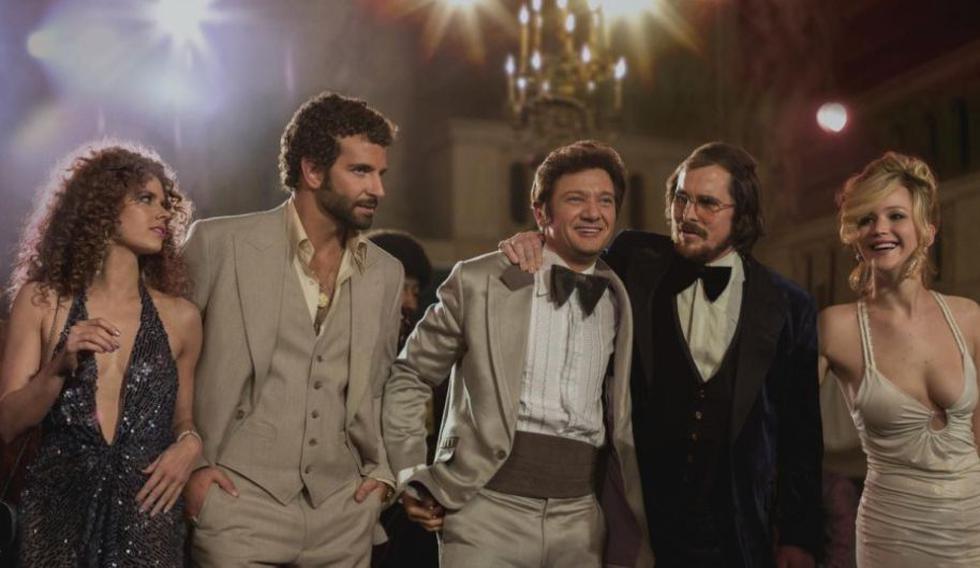 Este jueves llega a cartelera 'Escándalo Americano', película dirigida por David O'Russel nominada a 10 premios Oscar. (Internet)
