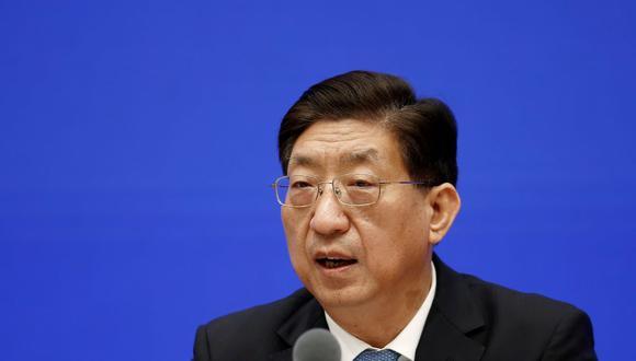 Zeng Yixin, viceministro de la Comisión Nacional de Salud de China, asiste a una conferencia de prensa sobre el rastreo del origen de la enfermedad por coronavirus (COVID-19) en Beijing, China el 22 de julio de 2021. (REUTERS / Shubing Wang).