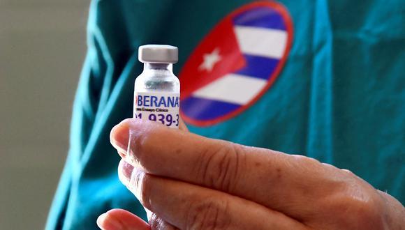 """Según fuentes del Instituto Finlay de Vacunas, Soberana 2 tiene una """"eficacia de 91,2% ante la enfermedad sintomática"""", de """"75,5% contra la infección"""", y """"100% para la enfermedad sintomática severa y la muerte"""". (Foto:  Joaquin Hernandez / AFP)"""