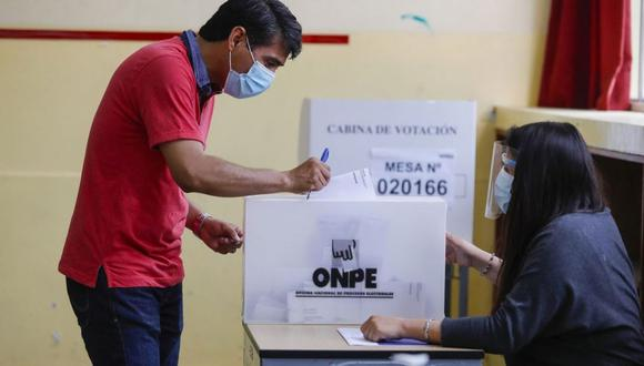 Miembros de mesa, observadores electorales, personeros, personal de ODPE Y ORC, periodistas y la ciudadanía en general, deberán seguir protocolos contra el COVID-19. (Foto: Andina)