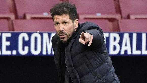 Diego Simeone no sabe de triunfos con Atlético de Madrid en el Camp Nou. (Foto: AFP)