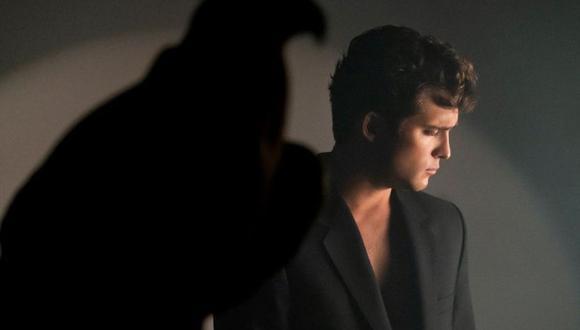 Luis Miguel realizó hasta tres versiones de la canción ayer (Foto: Netflix)