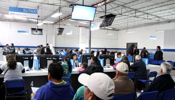 Setame solo atenderá a taxistas que hayan programado su cita por Internet. (Perú21)