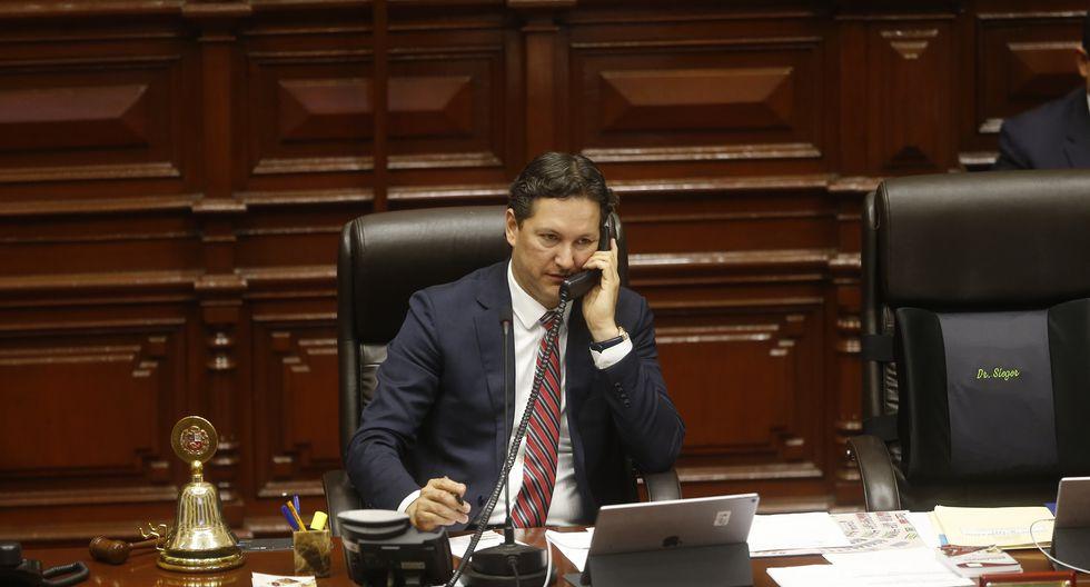 """Daniel Salaverry tras exabrupto en el Pleno: """"No se va a repetir lo que pasó ayer"""" (Perú21)"""
