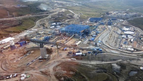 El ministro Jaime Gálvez dijo que se está trabajando para agilizar las autorizaciones de permisos para los proyectos mineros . (Foto: GEC)