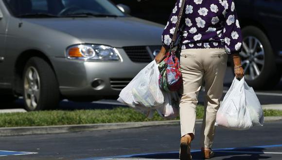 California es el primer estado de EEUU en prohibir bolsas de plástico. (Reuters)