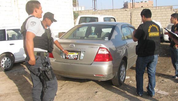 Los vehículos robados son usados para cometer asaltos o son vendidos en autopartes en el mercado negro. (Foto referencial archivo GEC)