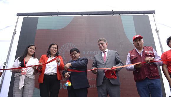 Ministros y autoridades locales participaron de esta inauguración. (Foto: PCM)