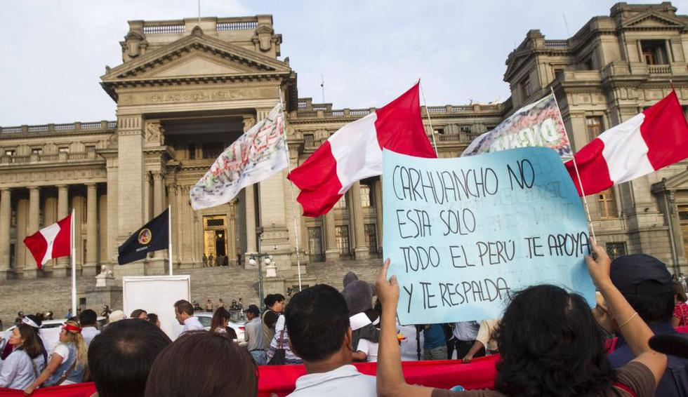 Marcha pide restitución de Concepción Carhuacho.