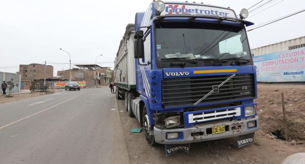 Conductor del camión no pudo frenar a tiempo. (Roberto Bernal/Trome)