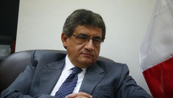 Juan Sheput critica falta de reacción de los ministros frente a denuncias contra PPK.