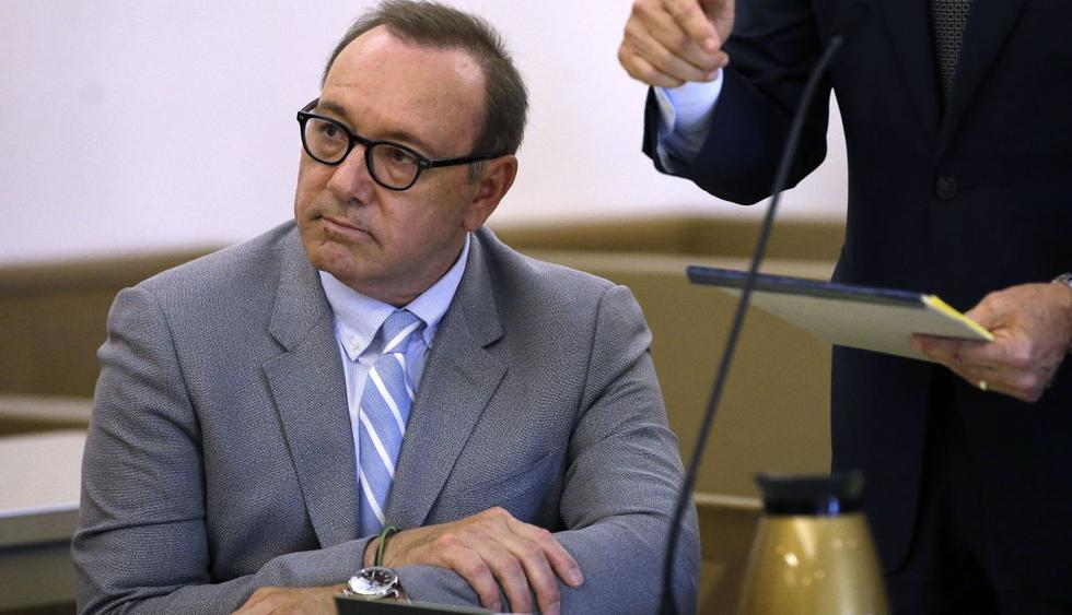 Kevin Spacey compareció en audiencia por caso en el que está acusado de abuso sexual en Massachusetts. (Foto: AP)