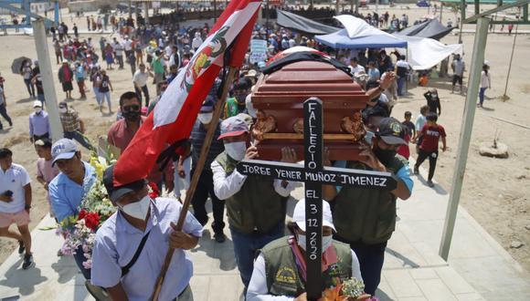 La Libertad: Jorge Muñoz y el último adiós por familiares y colegas del agro (Foto: Randy Reyes)