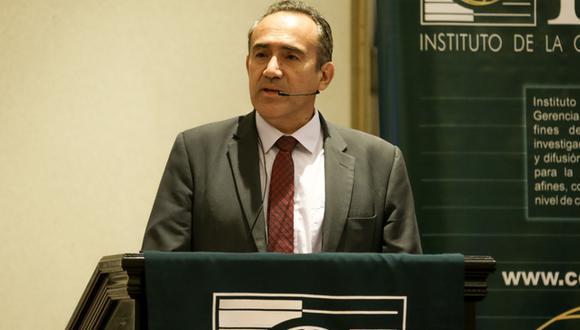 Carlos Estremadoyro reemplazó ayer a Carlos Lozada en el cago de titular del MTC. (Foto: MTC)