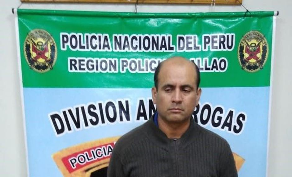 Agente penitenciario Juan Vega fue descubierto por sus compañeros en el penal de máxima seguridad Ancón. (PNP)