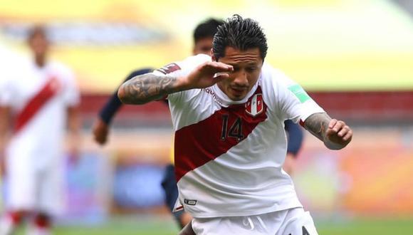 Lapadula viene de brindar dos asistencias para el triunfo 1-2 de Perú en Ecuador. (Foto: FPF)