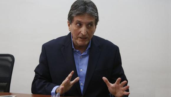 """""""Son 500 colegios que tenemos que reconstruir"""", dijo Pablo de la Flor. (Perú21)"""
