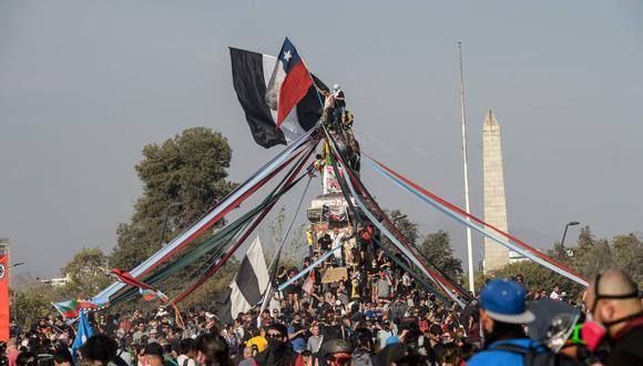 Los chilenos han protestado los últimos meses por la desigualdad económica que existe en el país. (Foto: AFP)