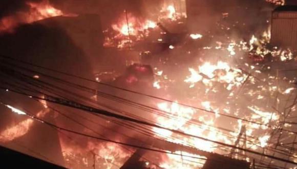 El fuego se propagó rápidamente. (Foto: Andina/Difusión)