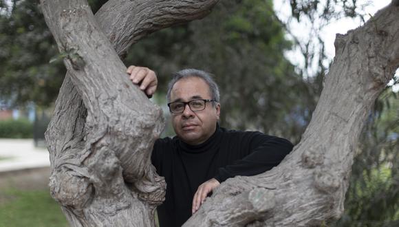 Lizardo Cruzado, poeta y psiquiatra. (FOTOS: RENZO SALAZAR)