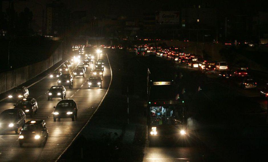 Apagón ocasiona caos vehicular en las ciudad del sur del Perú. (Referencial/USI)