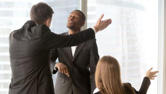 A veces en el trabajo se presentan situaciones hostiles. (Foto: Freepik)