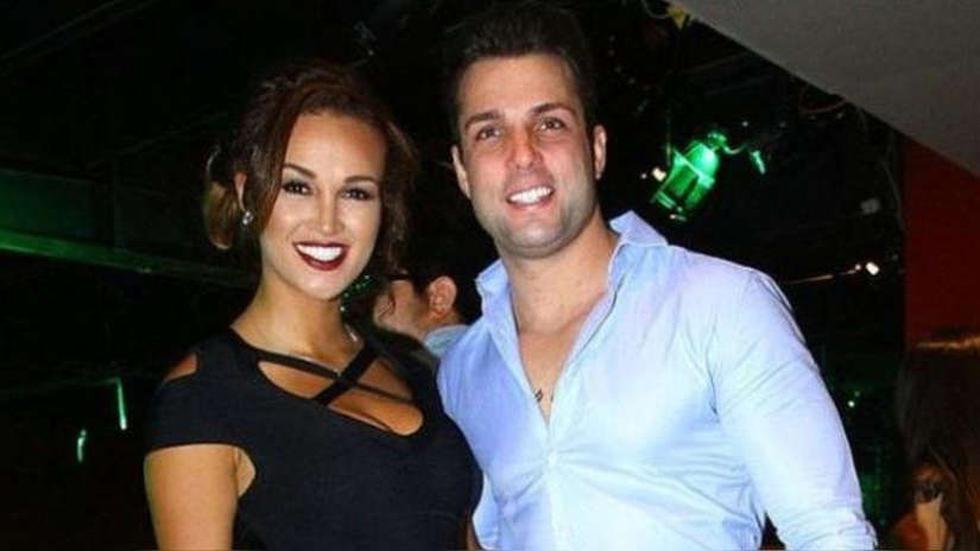 Nicola Porcella y Angie Arizaga tuvieron una relación que llegó a acusacionesde maltrato (Foto: Captura América TV)