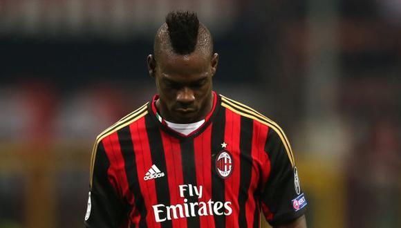 Mario Balotelli continúa causando polémica. (AP)