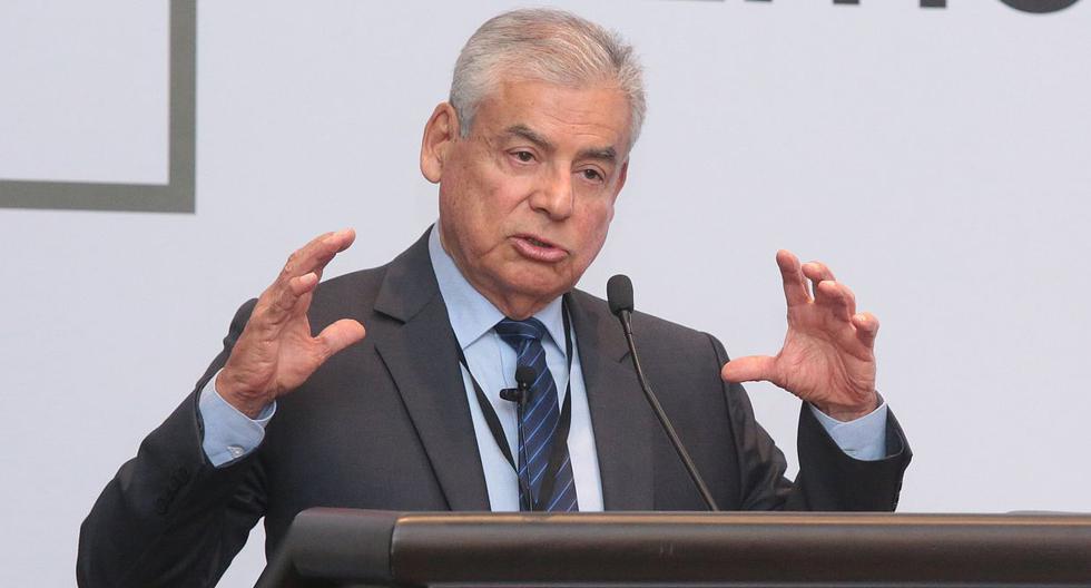 El primer ministro, César Villanueva, reiteró que opinaba a favor de que Pedro Chávarry suspenda su nombramiento como fiscal de la Nación. (USI)
