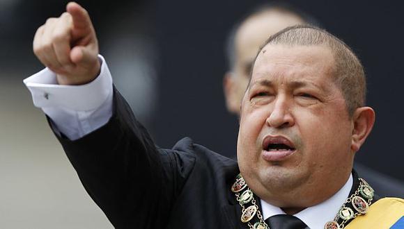 """Hugo Chávez le pidió a Barack Obama que se dedique a su país que está """"un desastre"""". (Reuters)"""