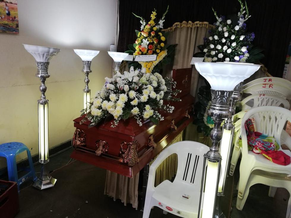 La víctima es velada en la casa de su familia, en La Esperanza.