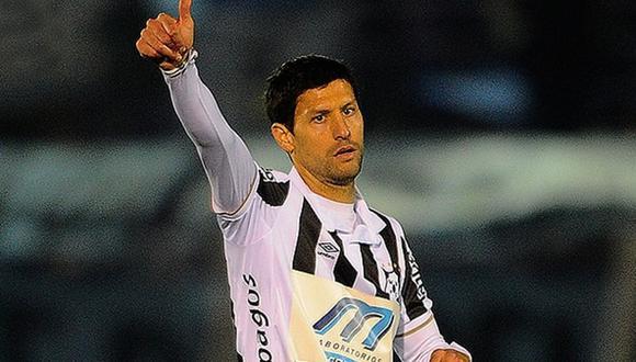 El jugador charrúa jugó en el Mónaco (Francia), Valencia (España) y Newcastle (Inglaterra). (Foto: Infobae)