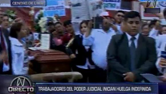"""""""No hay tóner para las computadoras, no hay fotocopiadoras, no hay papel para realizar nuestras funciones"""", dijo Sánchez, secretario general del sindicato del Poder Judicial."""