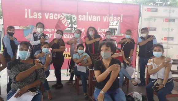 Docentes son inmunizados a nivel nacional contra el coronavirus (COVID-19). (Foto: Minedu)