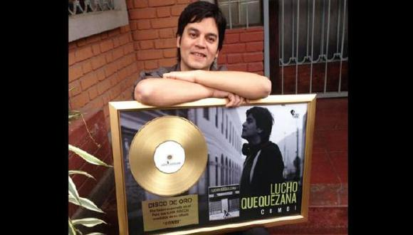 Recibió disco de oro por ventas de su disco 'Combi'. (Difusión)