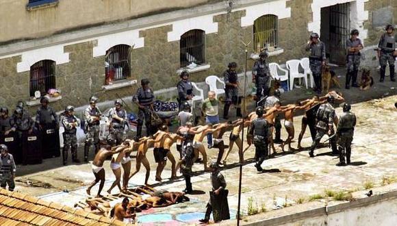 Policía logró controlar motín carcelario, pero con más de 100 presos muertos. (Internet)