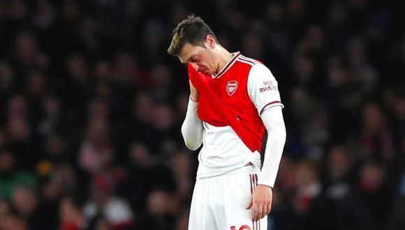 Mesut Özil pone fin a su historia con los 'Gunners'  (Foto: Reuters)