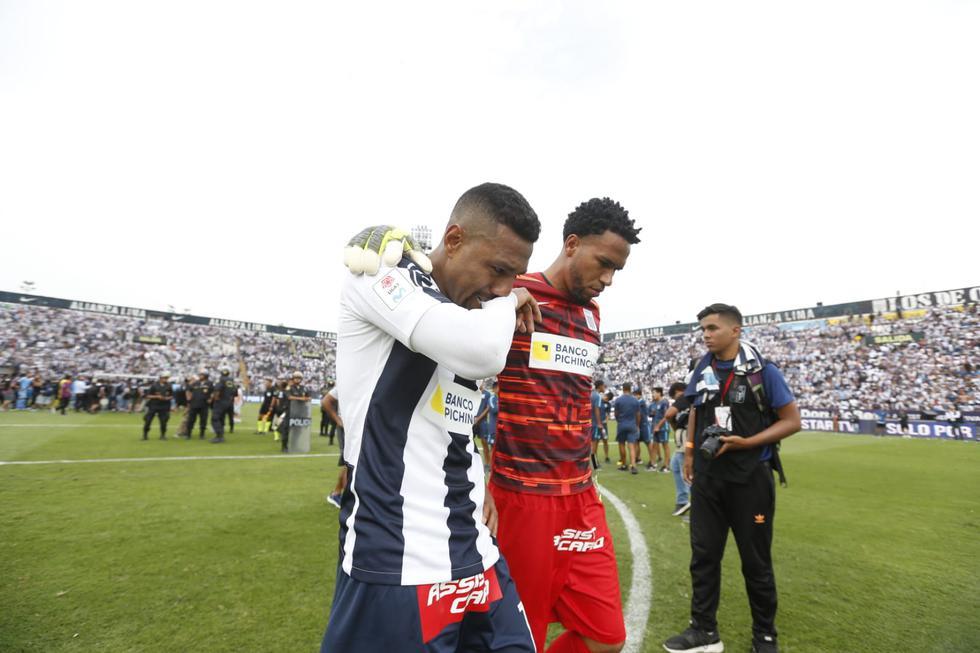 Jugadores de Alianza Lima no pudieron contener el llanto tras no lograr el título. (Fotos: GEC)