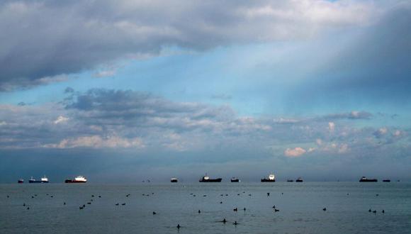 El grupo de navíos se halla fuera de las 200 millas del mar peruano. (Foto: Getty Images) (Referencial)