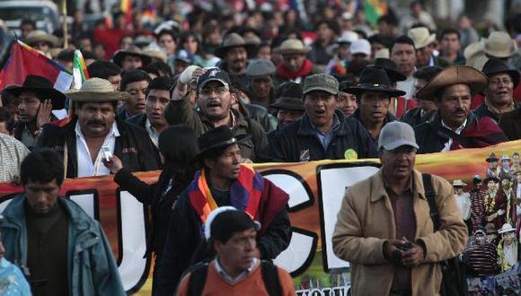 Indígenas del ande apoyan a Morales. (Reuters)