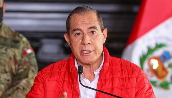 """""""Cuando llegue (la ley aprobada), se va a reunir el equipo que corresponde evaluar"""", dijo Walter Martos. (Foto: AFP)"""