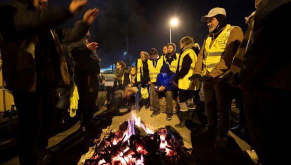 """Primer ministro francés dijo estar convencido de que los """"chalecos amarillos"""" quieren que Francia se transforme. (Foto: EFE)"""