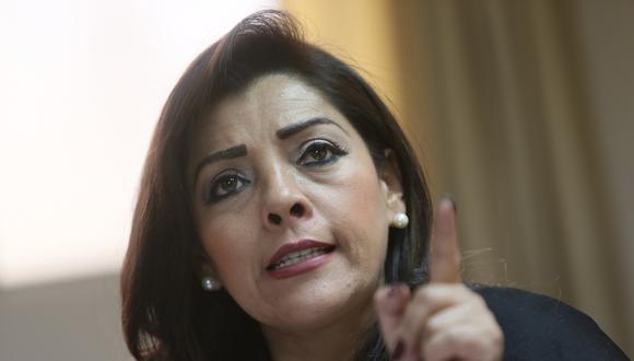 Alejandra Aramayo cuestionó a Rosa Bartra por usar adjetivos contra Martín Vizcarra. (Foto: GEC)