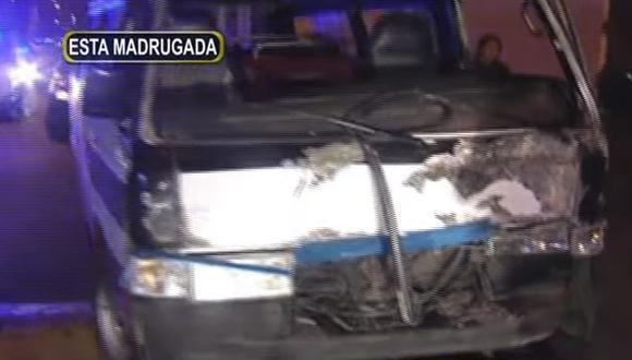 Menor provocó triple choque al conducir una combi en Cercado de Lima (Panamericana)