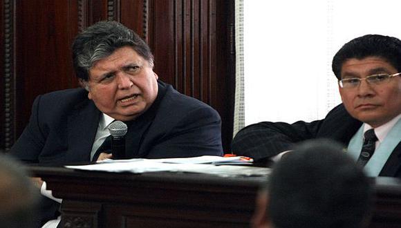Alan García cuando acudió como testigo al juicio del Caso BTR, en octubre de 2011. (Perú21)