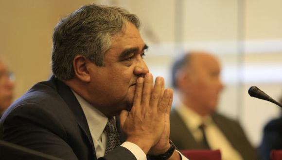 Valdivieso pidió mantener la comisión sobre el sueldo y enfocarse en dar más cobertura. (USI)