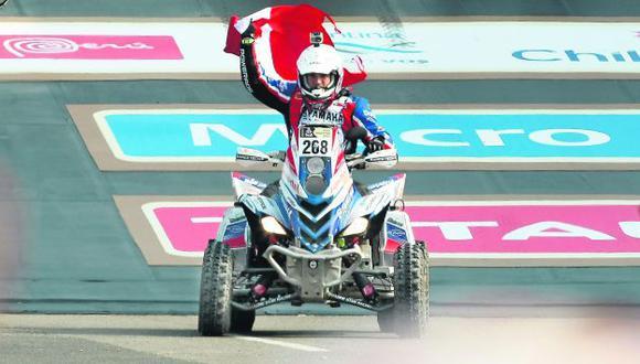 Perú en lo más alto. Ignacio Flores sorprendió a propios y extraños al ganar el primer especial en cuatrimotos. (Luis Gonzáles)