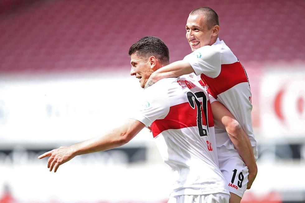 Mario Gómez se retira del fútbol luego de ascender al Stuttgart a la Bundesliga. (Foto: EFE)